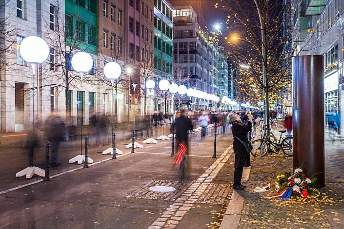 Berlin: 08.11.2014: 25 Jahre Berliner Mauerfall & Lichtgrenze.