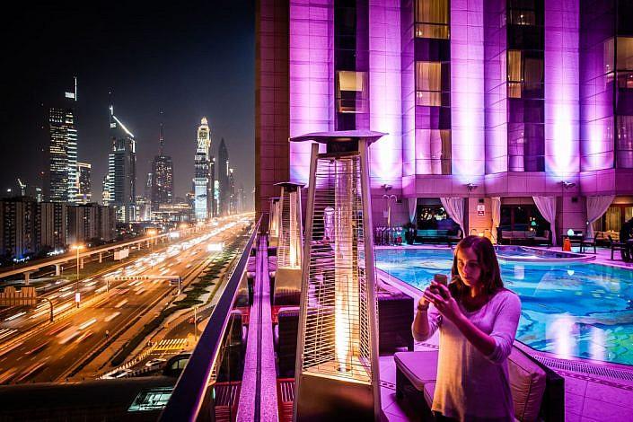 Vereinigte Arabische Emirate: Dubai. Shaikh Zayed Road.