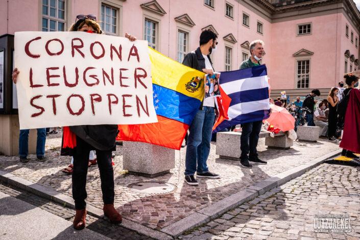 Gegendemo Corona Demo in Berlin